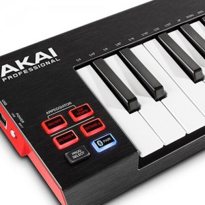 Wireless MIDI Keyboard with Bluetooth