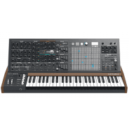 Arturia Matrixbrute Analogue Monophonic Synthesizer + Flight case