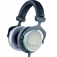 Beyerdynamic DT 880 Pro - 250 Ohm Semi-Open Headphones