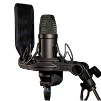 RODE NT1 Condenser Microphone Kit Shockmount and Popshield - B STOCK